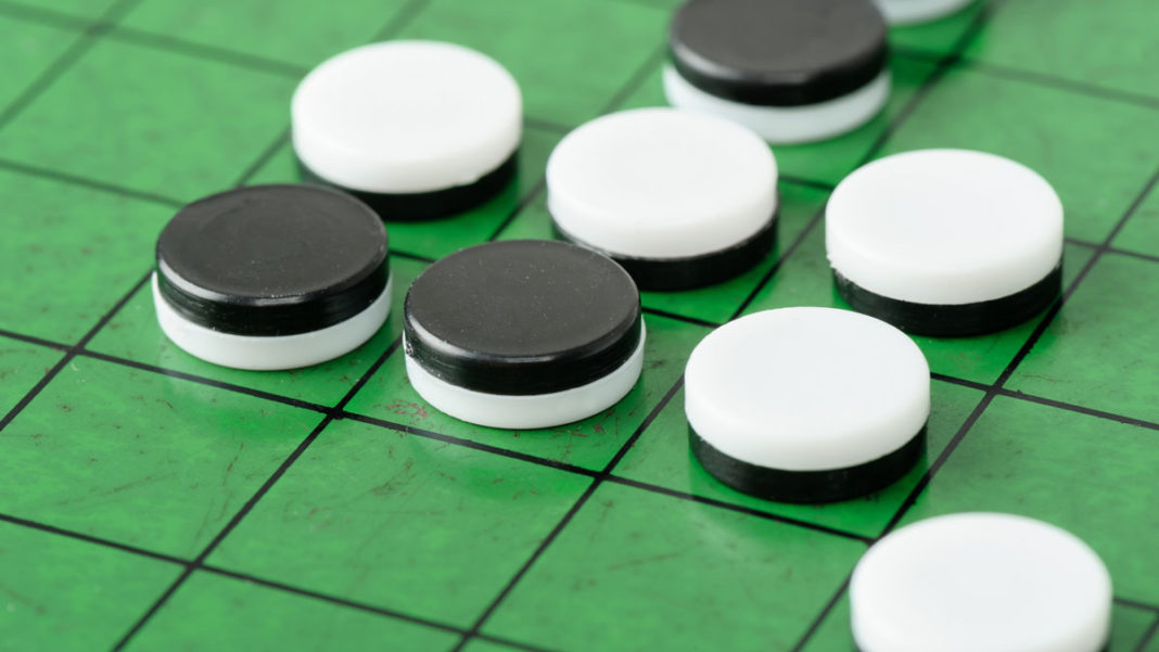 Play Othello Reversi browser game online