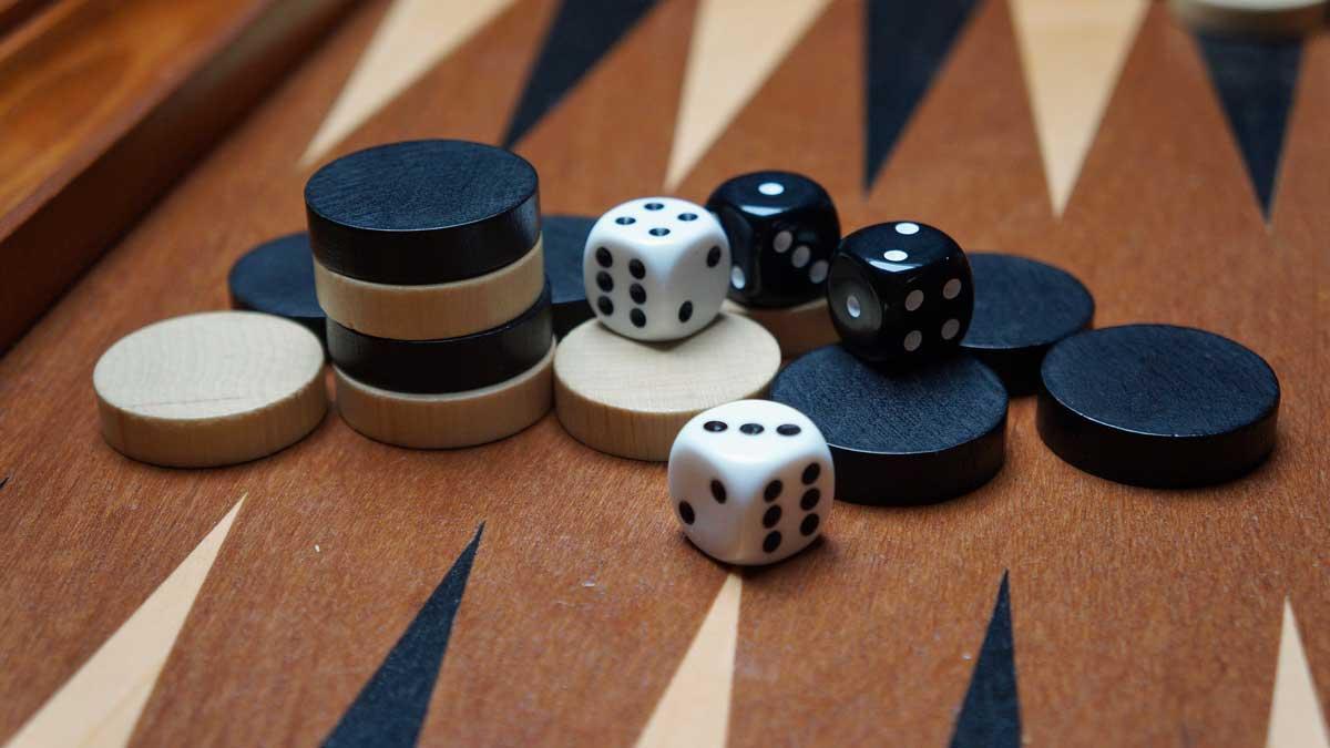 Juego en línea gratis de Backgammon